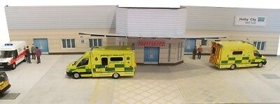 Kingsway, 00 Scale, Holby City Casualty Entrance, Ready Made • 43.73€