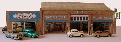Kingsway, 00 Scale, Main Dealer Garage & Petrol Station,  Ready Made. • 49.15€