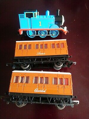 Bachmann Thomas The Tank Engine With Hornby Annie And Clarabel Oo Gauge • 1.11€