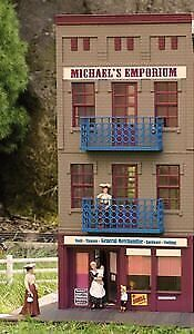 PIKO G ScALE MODEL TRAIN BUILDINGS  MIcHAELS EMPORIUM  62266 • 245.96€