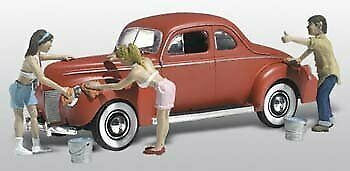 Suds & Shine 1940s Ford Coupe W/Figures Washing Car N Scale Woodland • 37.56€