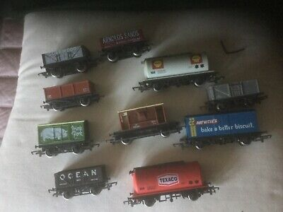 Job Lot Of 10 X  Hornby OO Gauge Wagons In Reasonable Condition • 18€