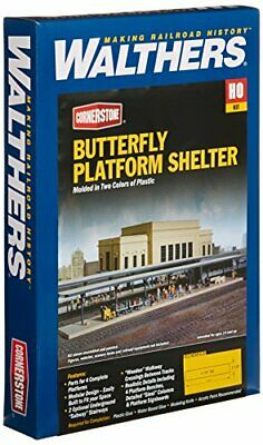 Walthers Cornerstone Series Kit HO Scale Butterfly-Style Station Platform She... • 57.60€