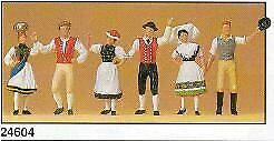 Fig In National Costumes • 57.31€
