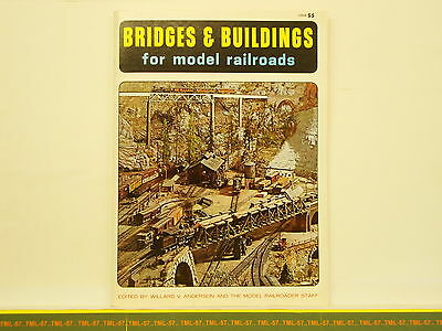 Livre MODEL RAILROADER - Bridges & Buildings For Model Railroads - 96 P • 28€