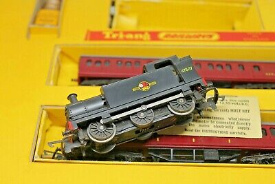 Tri-ang Train Set T5 Suburban Train Set With 0-6-0 Br Class 3f & 2 Coaches • 149€