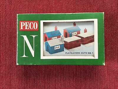Peco Lineside Kit N Gauge Platelayers Huts Nb-1 Preowned Damaged Box • 2.53€