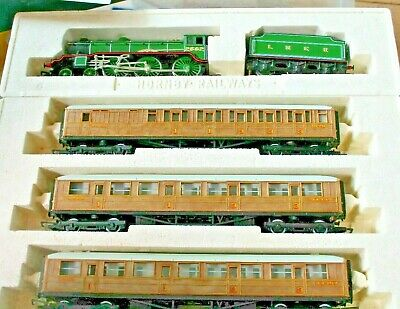 Hornby M3727 * Gbt * Manchester United *  Locomotive & 2 Coaches Set • 169€
