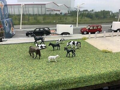 00 Gauge 1/76  Pack Of 8x Farm Animals  (blk001) • 5.03€