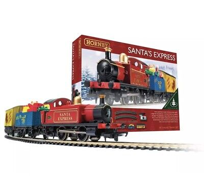 Hornby R1248 Santa's Express Christmas Train Starter Set • 50.04€