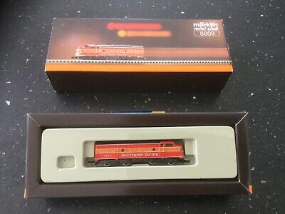 Boxed Marklin 8809 Z Southern Pacific Daylight Train Locomotive • 55.57€