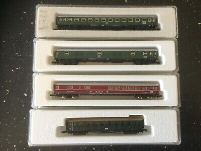 Marklin Z Gauge 4 Off Mixed Rolling Stock (3) • 22.22€