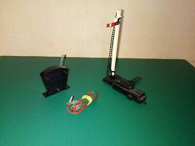 Hornby R086 Home Semaphore Signal, Electric Motor, Base, Switch And Wires.  • 20.99€