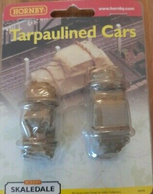 Hornby Skaledale R8598 Tarpaulined Cars New Sealed • 16.85€