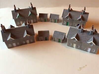N Gauge, 4 Built Metcalfe Cottages • 7.91€