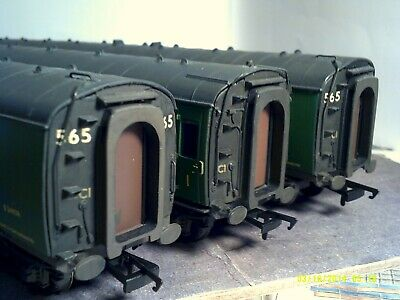 Set Of 3 Bachmann Mk1 Coaches SR Green Weathered Boxed Set No 565 Good Condition • 41.56€