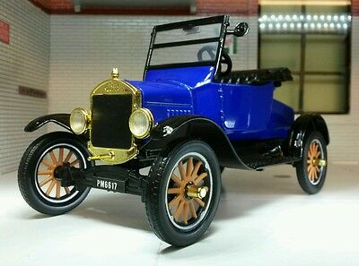 1:24 Scale 1925 Ford Model T Vintage Car Open Runabout Railway Diecast Motormax • 42.12€