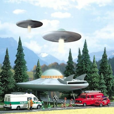 UFO And Visitors From Space (OO/HO Miniature Scene) - Busch 1010 • 41.67€