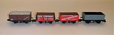 A Rake Of Four N Gauge Wagons From Various Manufacturers • 15.36€