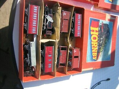 Hornby 0 Gauge Train Sets With Track And Extra Wagons • 72.71€