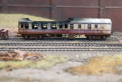 OO Gauge Abandoned Fire Damaged Coach, Heavily Rusted And Weathered. Ref 1 • 22.33€