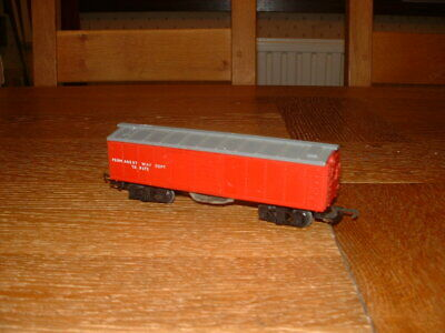 TRI-ANG TRACK CLEANING BOX CAR WAGON No TR9372 Red Livery OO Gauge • 5.59€