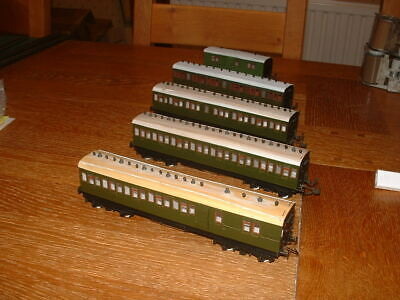 5 ROXEY KIT BUILT LSWR COACHES In SR Green Livery OO Gauge • 167.58€