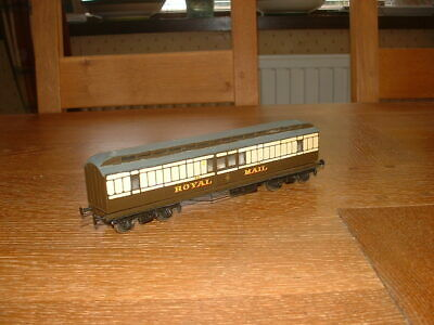 KIT BUILT 48ft GWR CLERESTORY ROYAL MAIL COACH No 951 In GWR Livery P4 Gauge • 53.42€