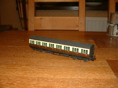 KIT BUILT GWR 8-COMPARTMENT ALL 3rd SUBURBAN COACH In GWR Livery EM Gauge • 17.05€