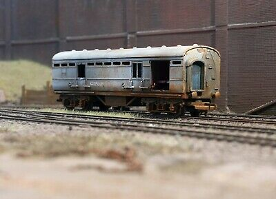 OO Gauge Abandoned Royal Mail Coach, Heavily Rusted And Weathered. Ref 9 • 22.72€