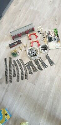 Mixed Bundle Of 00 Scale Accessories • 49.74€
