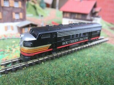 Marklin Mini-Club 'z' Diesel Locomotive 8861 Southern Pacific Black - New • 112€