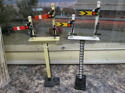 Hornby Pair Of Bracket Signals Home And Distant. • 14.72€
