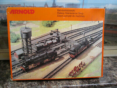 Arnold 6305 Loco Servicing Facility Kit Boxed • 40.45€