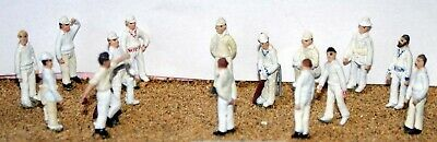 Cricket Game 15 Stumps Bats F35p PAINTED OO Scale Langley Models People Figures • 49.61€