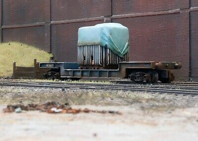 OO Gauge Abandoned Wagon With Transformer Load, Heavily Rusted And Weathered. R6 • 16.75€