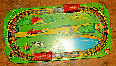 Toby Toys ( Louis Marx & Co)1930's Vintage Pressed Metal  Train Set Layout RARE! • 44.99€