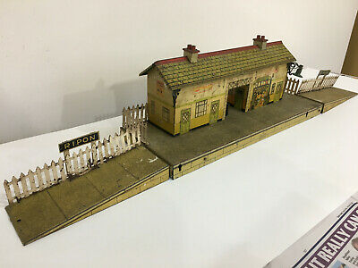 HORNBY SERIES O Gauge No 4 'RIPON' Electric Station - Fair Unboxed • 61.77€