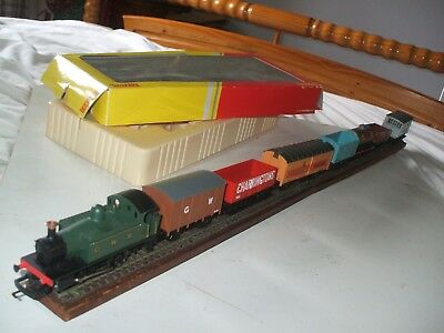 Hornby 0-4-0 Gwr Tank Plus Seven Assorted Wagons • 33.52€