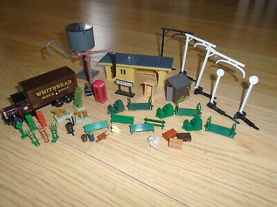 Collection Of Scenic Accessories For Hornby OO Gauge Train Sets • 6.22€