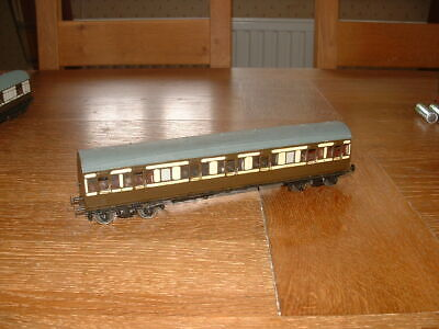 KIT BUILT LBSCR BALLOON LAV COMPOSITE COACH In LBSCR Livery P4 Gauge • 28.41€