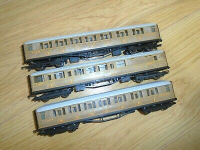 Collection Of LNER Coaches For Hornby OO Gauge Train Sets • 15.10€