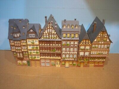 Oo Ho Job Lot Corner Street Hotel Building With Shops Nice Detailed  • 67.79€
