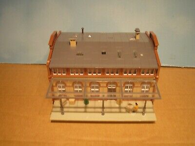 Oo Ho Industrial Factory Depot Building With Canopy Figures  • 33.15€