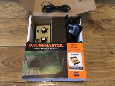 GAUGEMASTER MODEL D TWIN TRACK CONTROLLER. BOXED And INSTRUCTIONS  • 39.30€