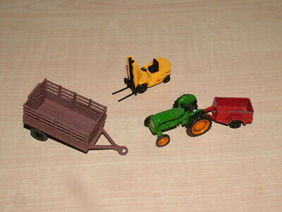 Skaledale Tractor And Other Items • 4.84€