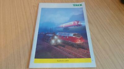 AC293: Trix Railways Minitrix & HO Gauge Catalogue  2001 • 3.38€
