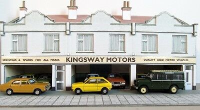 Kingsway, 00 Scale, Second Hand Car Showroom, ** Ready Made ** • 49.20€