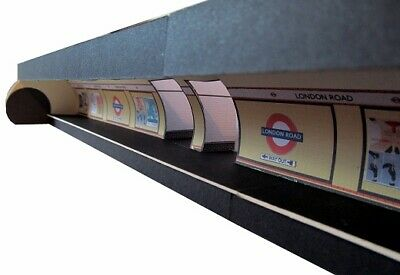 Kingsway, 00 Scale, Northern Line Style - Tube Station, Ready Made. • 49.20€