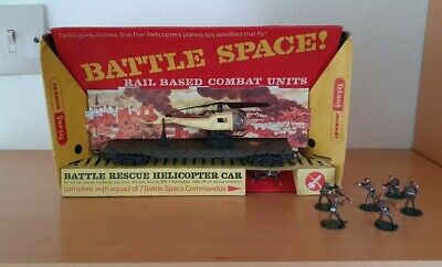 TRI-ANG HORNBY R.128K BATTLE SPACE Rescue Helicopter Car & Commandos • 50.34€